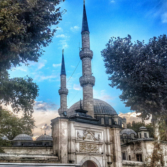 #istanbul #eyup #mosque #blue